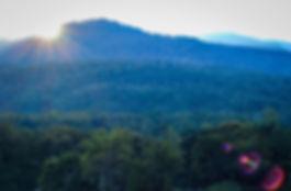mountains-2811401_1920.jpg