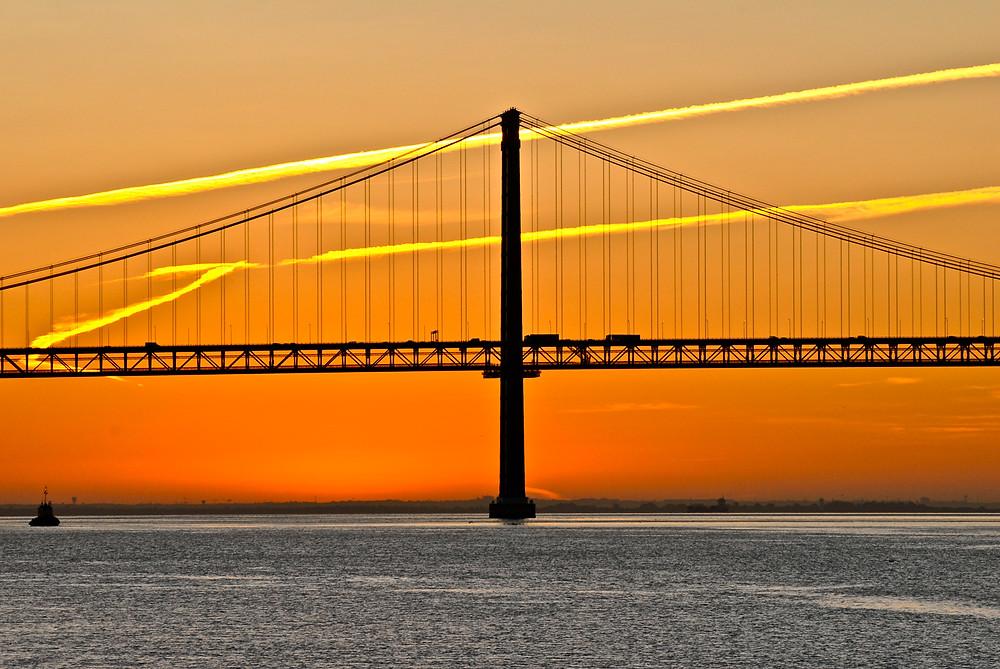 Мост 25 апреля. Фото F Mira