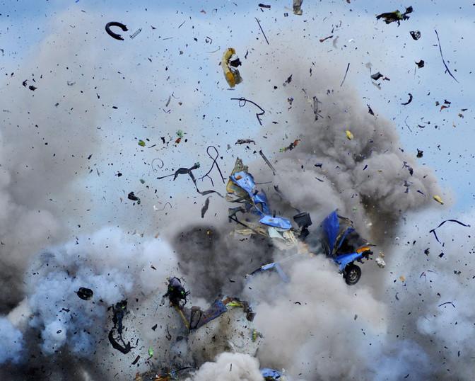 Daniel und Geo Fuchs, Explosion - Sequence #1