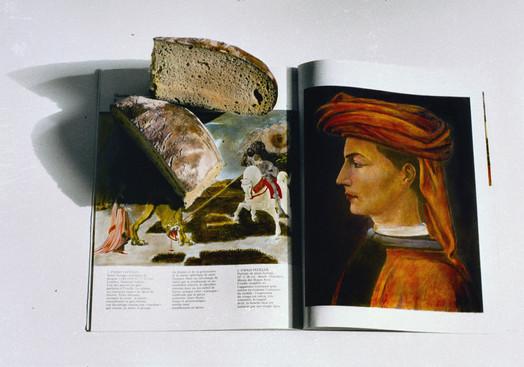 Stilleben mit Brot und Buch, 1999, 45,5