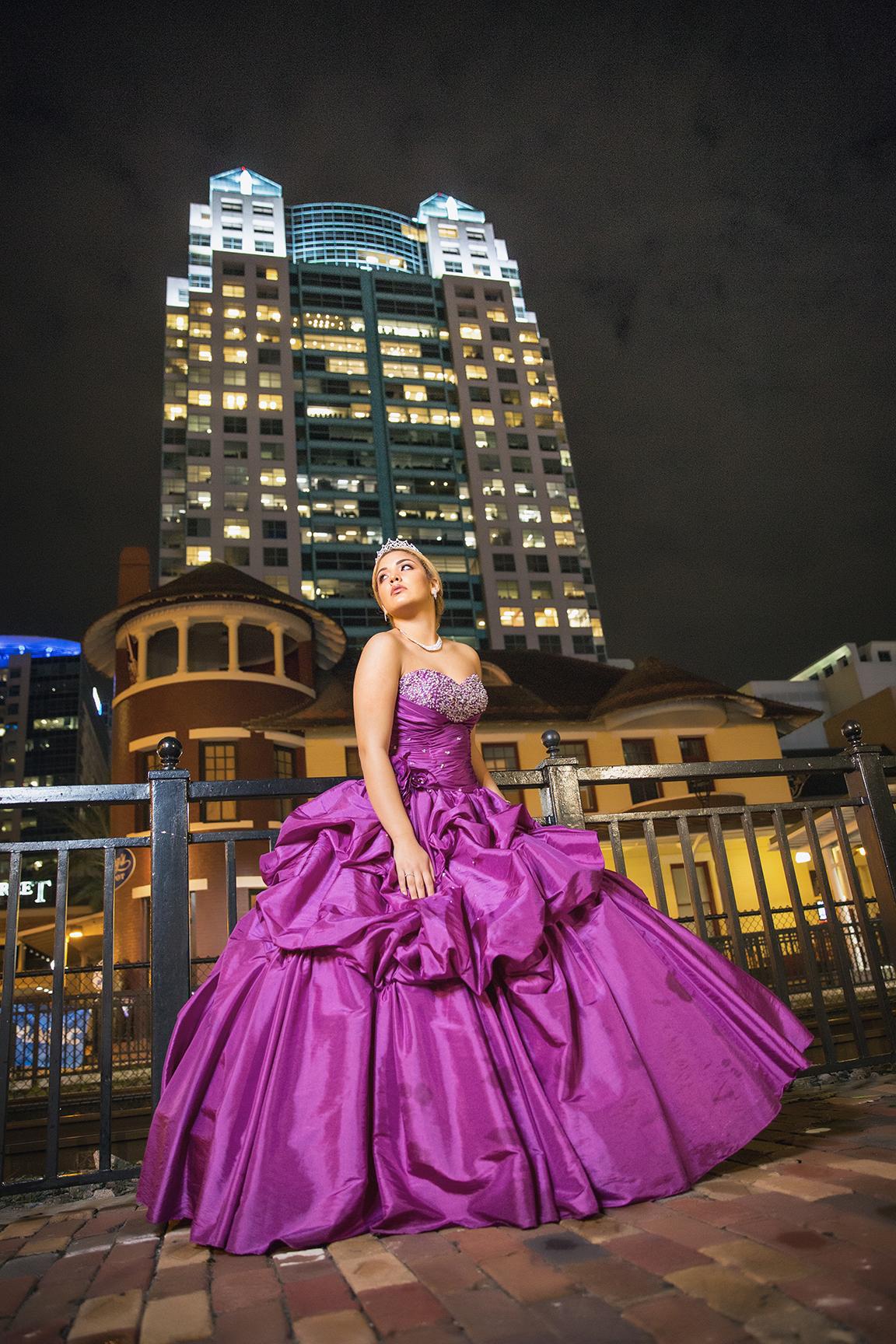 DBatista_Photography_Quinceañera__Fotos_Downtown_Orlando)