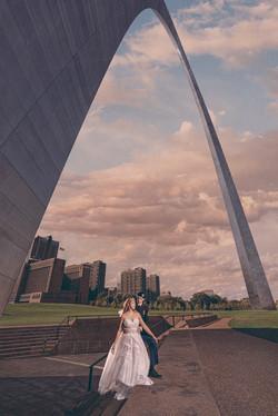 saint louis arch wedding photo