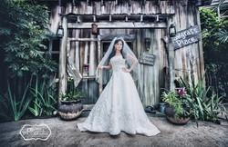 DBatista Photography_Wedding Photographers In Orlando Florida_Here is the Bride_