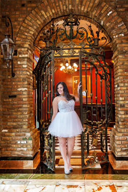 DBatista_Photography_Ariana_Quinceañera_Miami_Cruz_Bullding-Miami_Quince_Quinceañeras_en_Miami