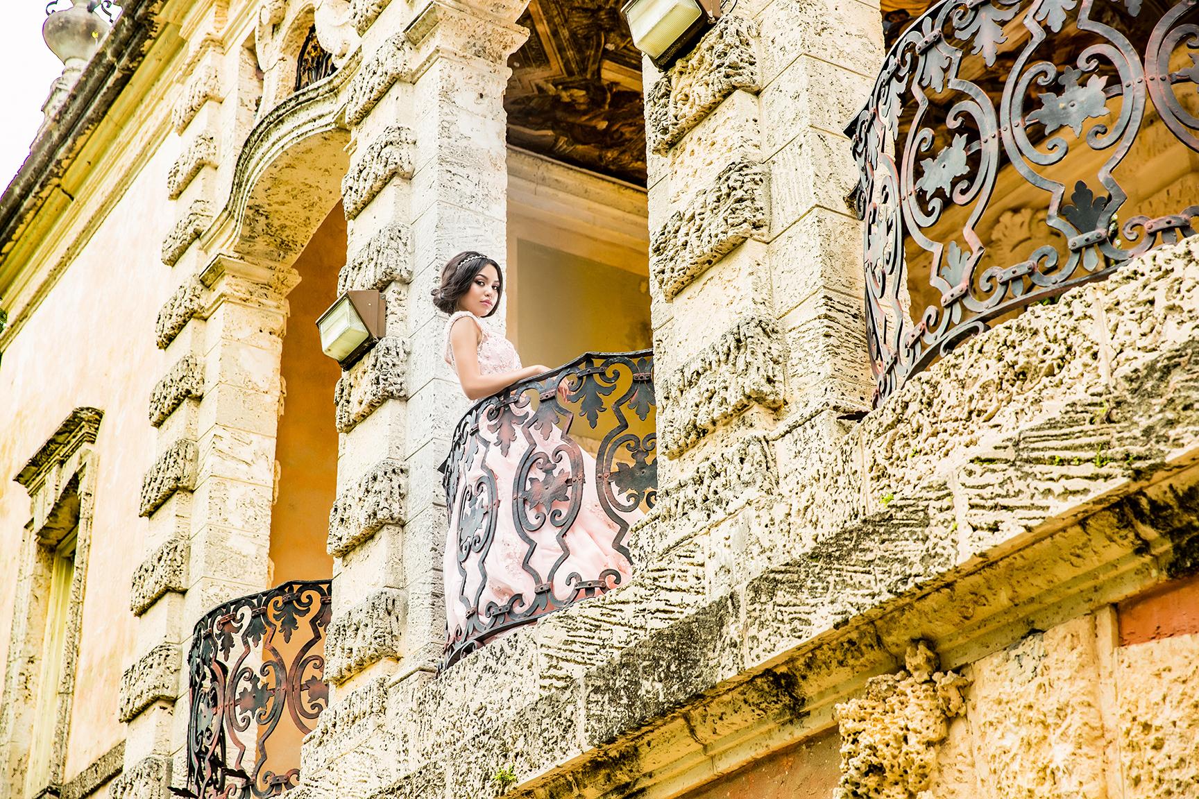 DBatista_Photography_Vizcaya_Miami_Fotografos_En_Miami_Quinceañeras_Vizcaya_Museum_&_Gardens_Miami_M