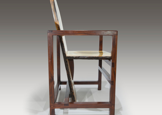 """Ode to """"Red/Blue"""" chair"""