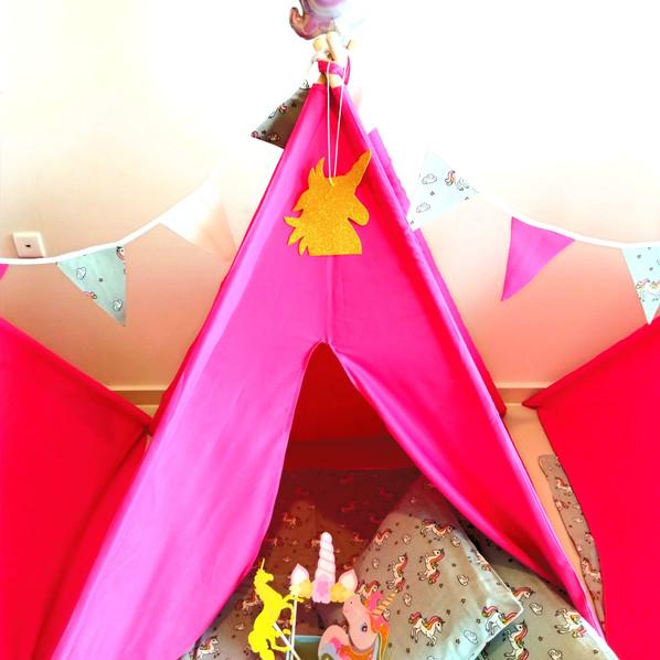 אוהל טיפי ורוד