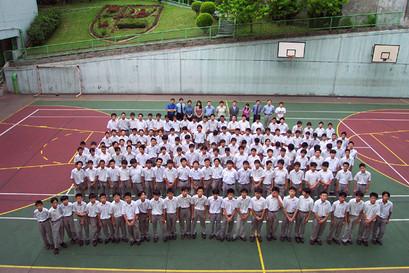 20002001-F2.jpg