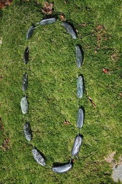 Sautoir galets de serpentine