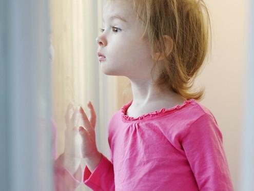 3 Musical Play Ideas for Preschoolers on Rainy Days