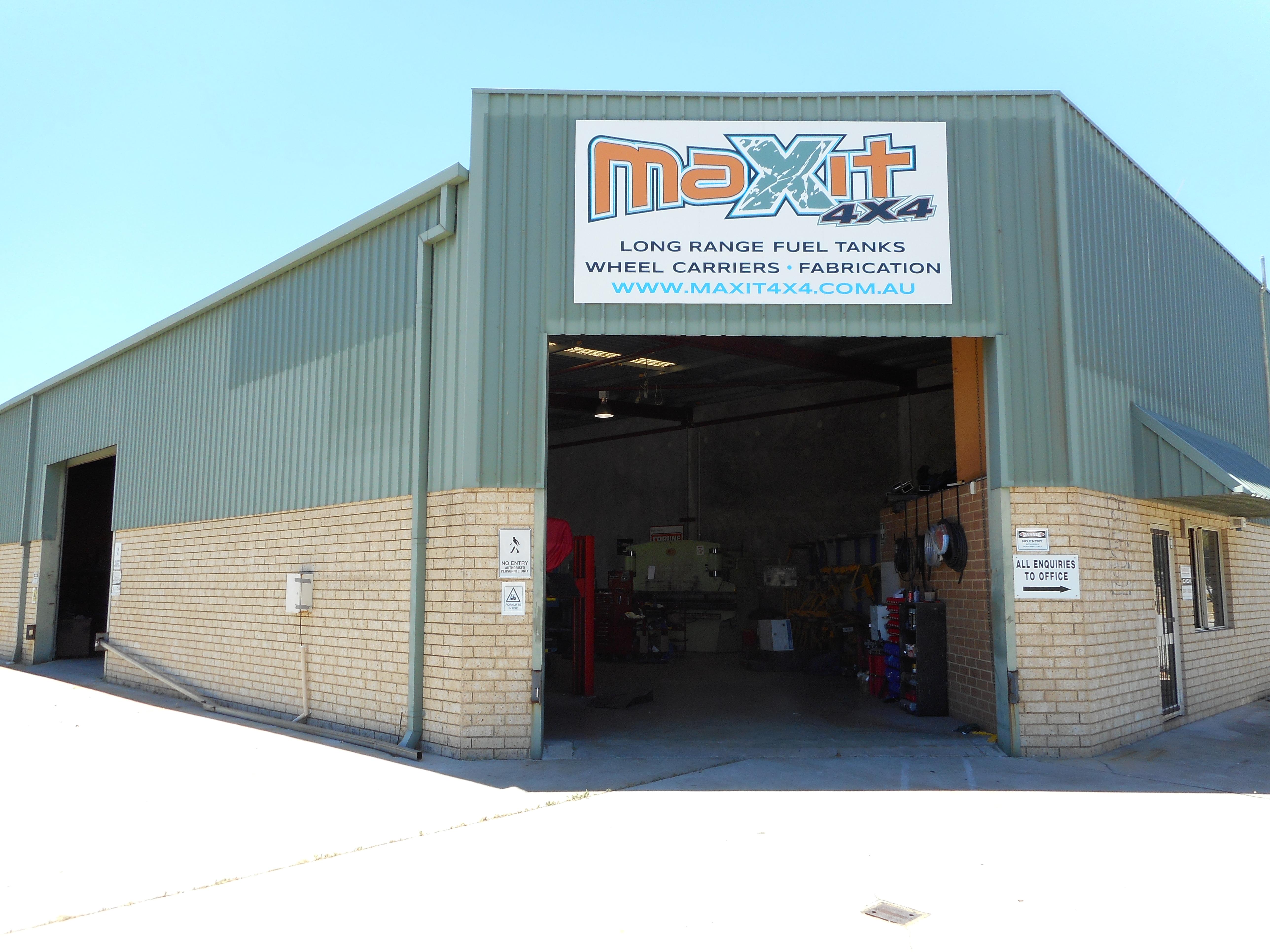 Maxit 4x4 Factory