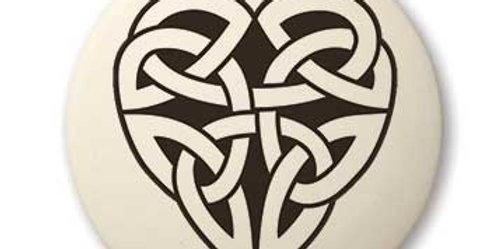 Heart: Round Celtic Pendant