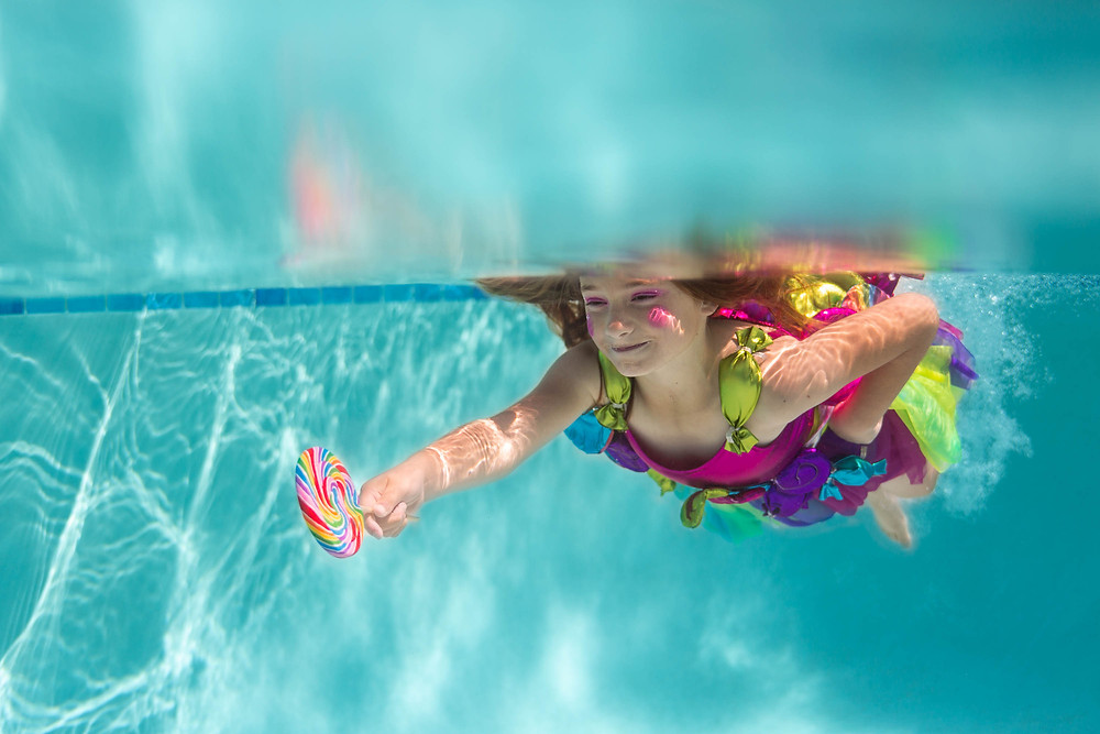lollipop, underwater, lollipop dress, blonde, pink blush, concept photo shoot
