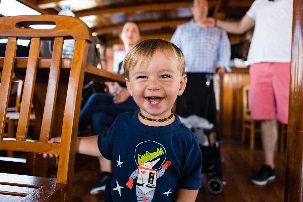 happy toddler, Seven Bridges Tour