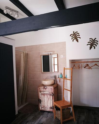 architecture d'intérieur d'une maison individuelle et ses chambres d'hôtes vaucluse luberon