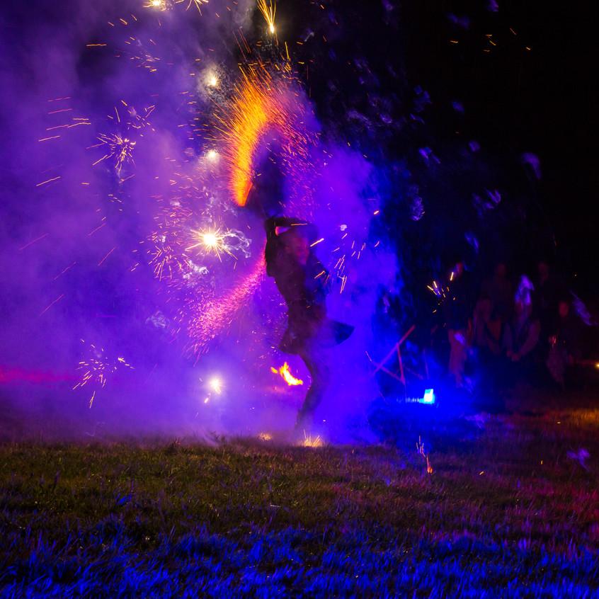 Fire Show Solomon Solgit_