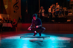 Solomon Solgit - Bouncing ball Show