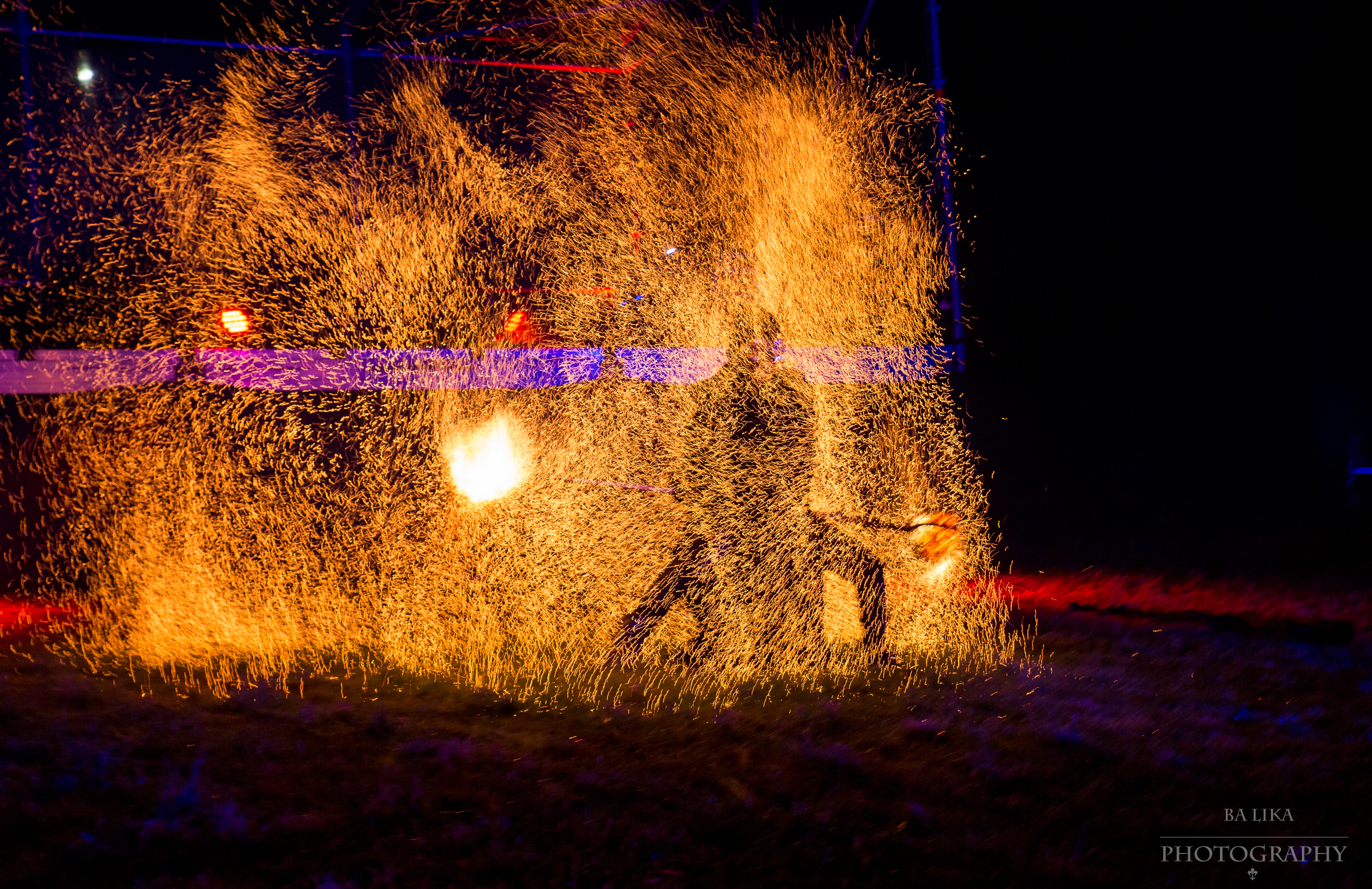 Fire Show Solomon Solgit