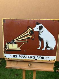 HMV DOG LOT 34