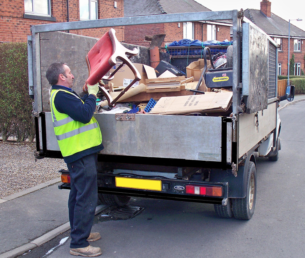 This picture was one taken of Lee's Father Peter Adams loading furniture from a property in Yorkshire. Circa 2008