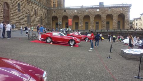 Auto Storiche in Piazza Pitti