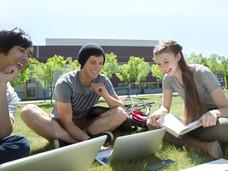 亲属、留学生可以入境加拿大了!