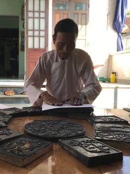 Visit to Kỳ Hữu Phước woodblock artisan, Huế