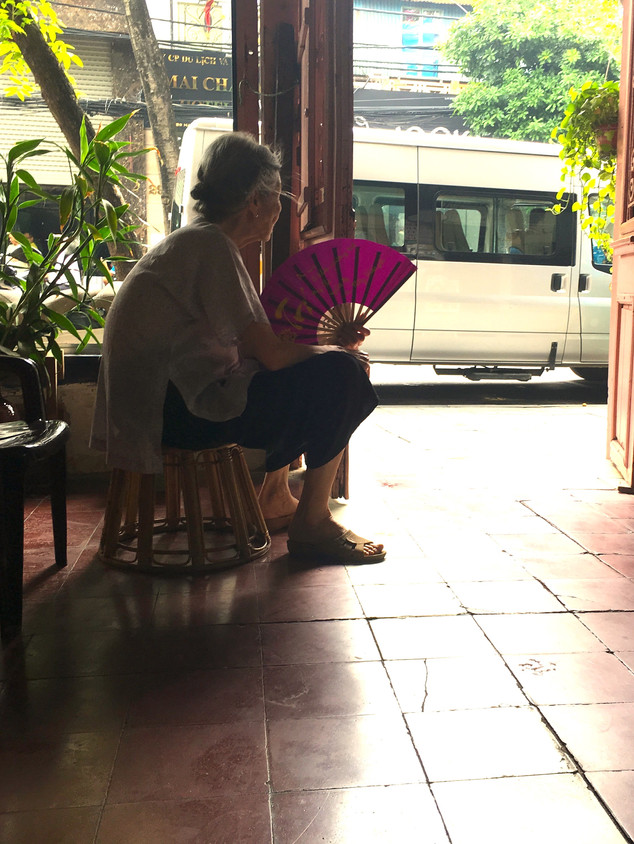 Vũ Dân Tân's mother watching the world go by, Salon Natasha, Hanoi
