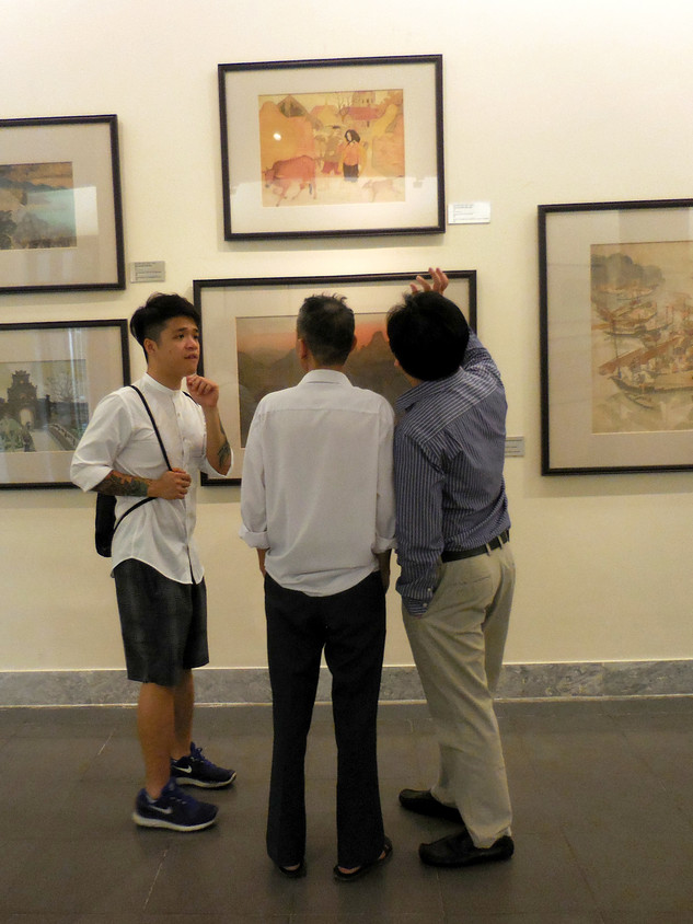 Visit to National Fine Arts Museum, Hanoi