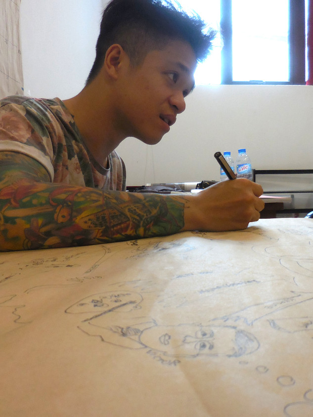 Bill Nguyễn visually maps the Hanoi tour
