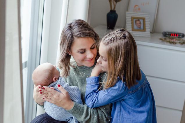 Mama und Kinder.jpg
