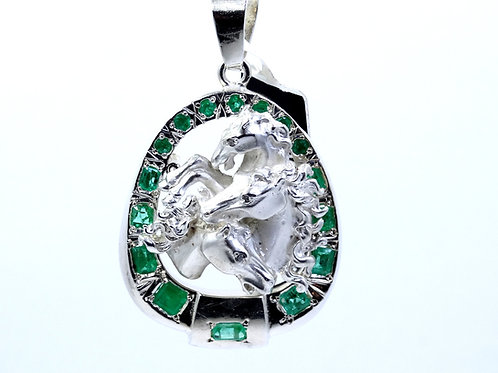 Hand made TRIPLE STALLION Horse Head Sterling Silver Natural EMERALD Pendant