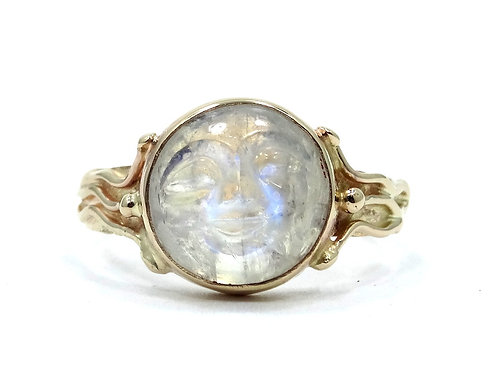 Modernist Moon Face man carved RAINBOW MOONSTONE 14k Yellow Gold Ring