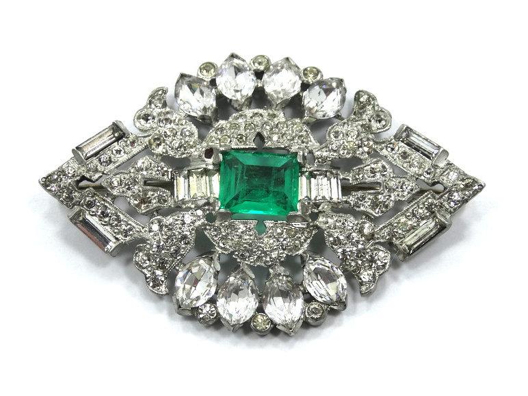 Antique ART DECO style Vintage Faux Green EMERALD Diamond Rhinestone Brooch  Pin