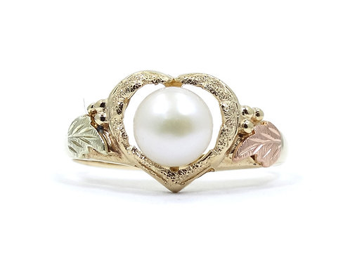 Beautiful BLACK HILLS GOLD 10K Heart PEARL Ring s.10