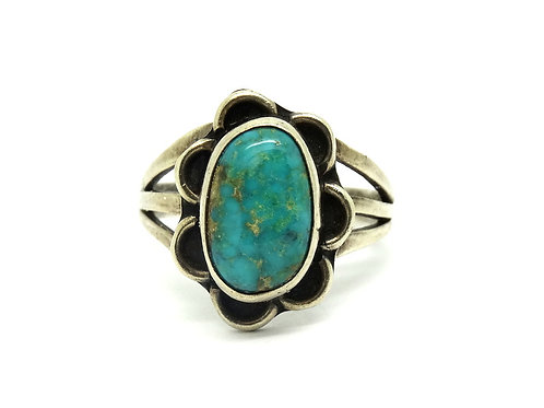Lovely Navajo Turquoise 925 Silver Ring 8.5
