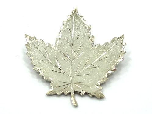 Vintage 1954 KAO QUEBEC Canada Maple Leaf BIRKS Sterling Silver Brooch Pin