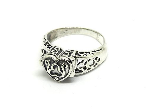Sterling Silver Heart LOVE Poison Pill Ring S-9