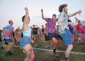 2021 Green River Music Festival Day 1 photo by David Molnar Fans Dance 3.jpg