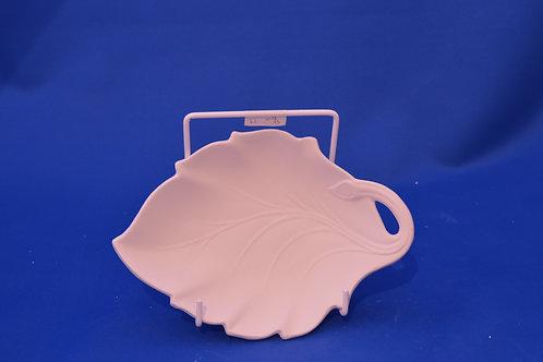 LEAF DISH, GB261, 17cms x 12cms