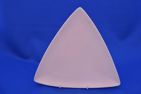 SMALL TRIANGLE PLATE, DM2154, 18cms