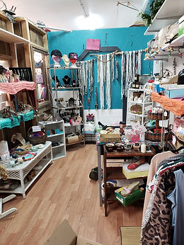 Zellas shop.jpg