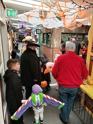 trick or treat kids 3.jpg