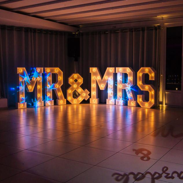 ILLUMINOGRAPHY - MR & MRS