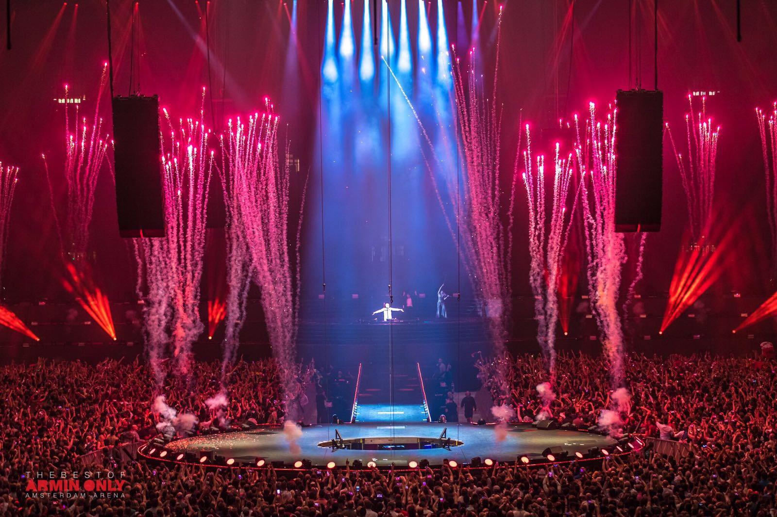 Armin van Buuren, Amsterdam Arena