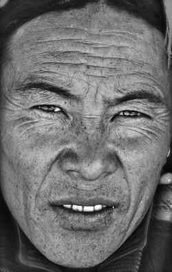 chap from tingri
