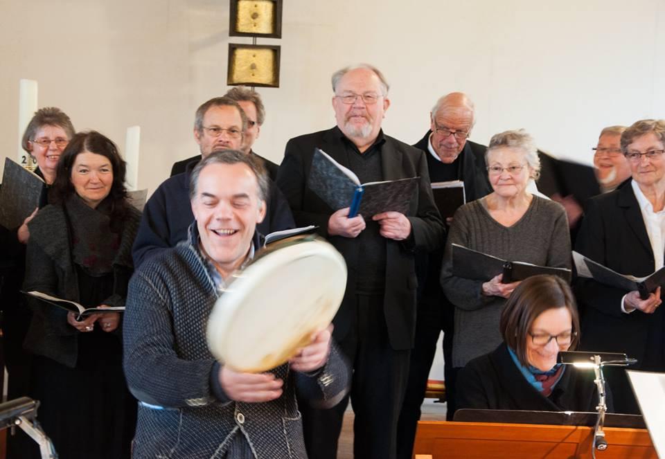 Peter . Bauer und der Chor