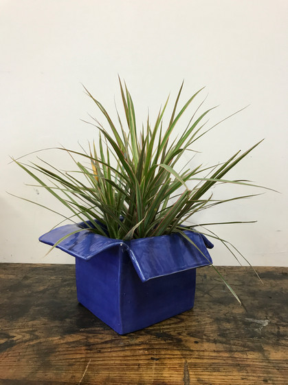 objects - T8049 - Blue Small Planter 4.JPG