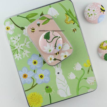 sewing tins 2.jpg