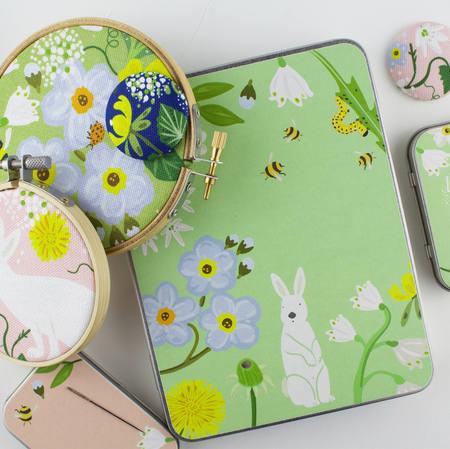 sewing craft tins 10.jpg
